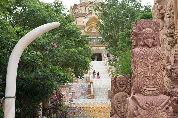 Wat-Pha-Sorn-Kaew-decoraciones
