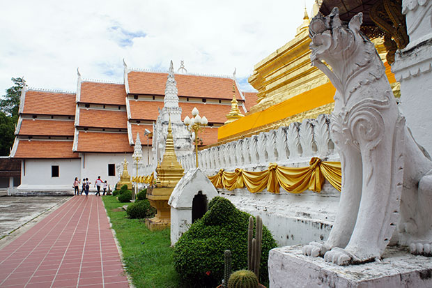 Patio-de-Wat-Phumin
