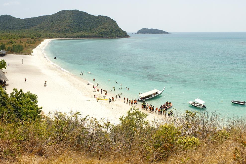 Playa de la isla de Samae San